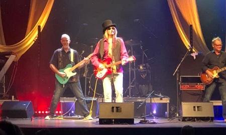 Tokyo Joe on Stage